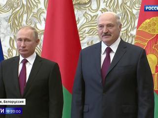 Белорусский маршрут госсовета: экспорт газа, отмена роуминга, общая военная доктрина и футбол