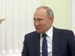 Владимир Путин встретился с президентом Киргизии Сооронбаем Жээнбековым